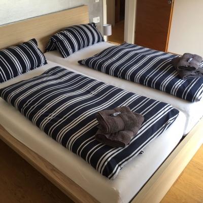 schlafzimmerzwei-5777